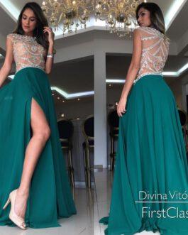 Vestido de festa longo, fluidez e bordado, para formandas, mãe de noivo (a)