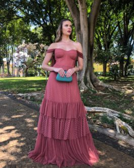 Vestido de festa longo, com mini poá, saia evasê com babados, para madrinhas, formandas, mãe de noivo (a)