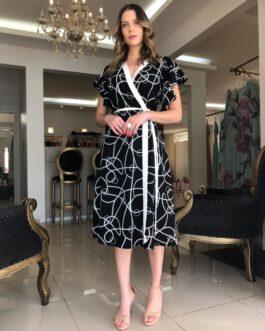 Vestido transpassado preto e branco com manguinha