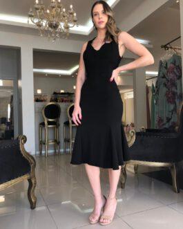Vestido de festa midi em alfaiataria na modelagem sereia e costas semi aberta